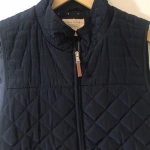 Zara Girls quilted Vest. Navy Blue. Polka Dot trim